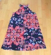 NEUWERTIGES dunkelblaues bunt beblümtes Kleid