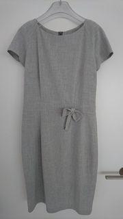 Kleid mit Blazer Gr 40