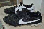 Fußball Schuhe Nike Modell Tiempo