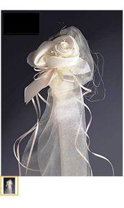 Hochzeits - Blumendeko für Bänke und
