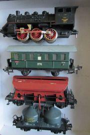Fleischmann H0 Lokomotive und 3