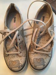 Damen- Dogo Schuhe neu