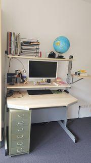 Schreibtisch platzsparend und sehr stabil