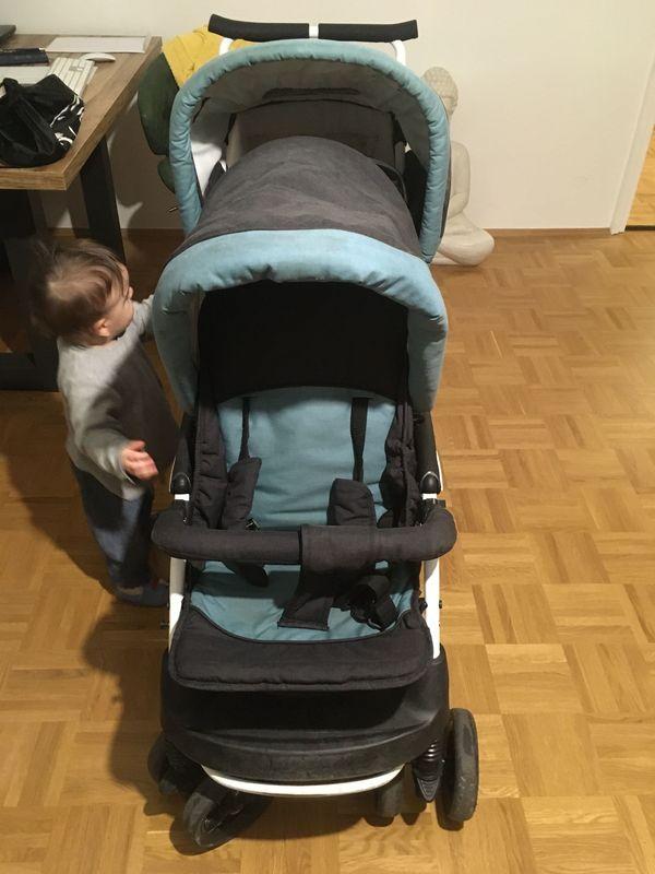 Doppelkinderwagen mit Babyliegefunktion