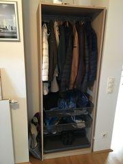Garderobenschrank von IKEA PAX zu