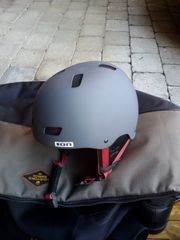 ION Helm Größe L für