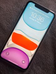 I phone 11 64 GB
