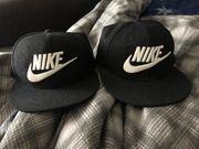 2x Nike Snapback Schwarz NEU