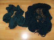 2 grüne Schals