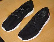 NEU schwarze Sneaker aus Smashfutter