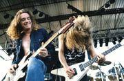 Bassist gesucht Metallica Maiden RATM