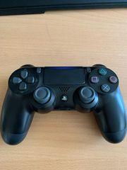 PlayStation 4 Controller in Schwarz