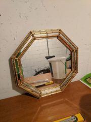 Wandspiegel zu verschenken