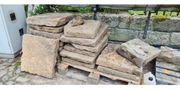 Gut erhaltene historische Sandsteinplatten Bodenplatten