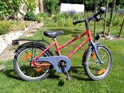Rotes Kinder-Fahrrad Puky