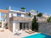 neues Ferienhaus mit privatem Pool