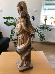 Madonnafigur aus Holz