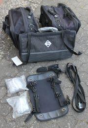 Motorrad Satteltaschen mit Gepäckrolle