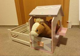 Puppen - Baby Born Pferdestall mit Pferd