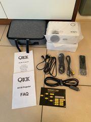 QKK AK-80 Projektor Beamer