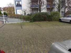 Garagen, Stellplätze - Stellplatz in Steinbach zu vermieten