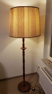 Stehlampe mit Eichenfuß
