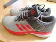 Hallenturnschuhe Adidas Grösse 39 1