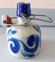 Steingut-Schnapsflasche mit Bügelverschluß 0 25