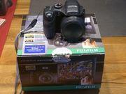 Fuji Finepix S 2000 HD