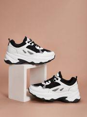 Sneakers zum Binden