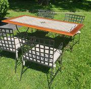 Hochwertige Gartentischgruppe Tisch und 4