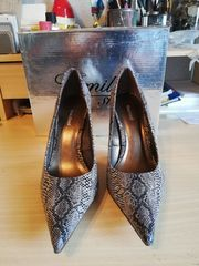 High Heels in Schlangenleder Optik -