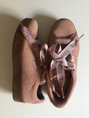 - Puma Schuhe Rosé Größe 38