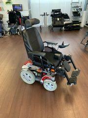 Elektrischer Rollstuhl so gut wie