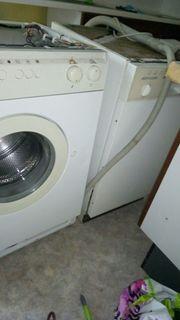 Alte Waschmaschine Alaska und Geschirrspülmaschine