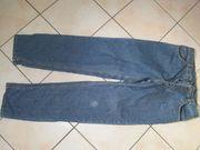 Jeans mit Knopfleiste Größe 34