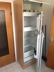 Vollständige Küche inklusive E-Geräte
