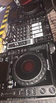 Pioneer CDJ- 2000