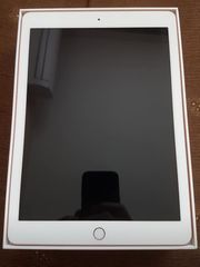 Apple iPad 6th Generation 32GB
