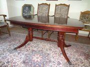 Mahagoni-Esstisch mit Löwentatzen englischer Stil