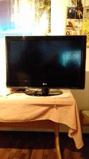 L G Flachbildfernseher zu verkaufen