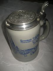 Bierkrug Porzelankrug Brauereikrug mit Zinndeckel