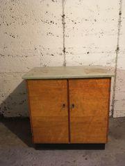 Holzschränkchen aus Omas Keller Vintage