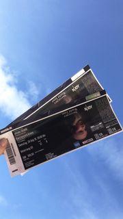 Ariana Grande - Sweetener Tour