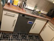 L Küche mit Elektrogeräten