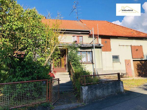 Vielfältiges Wohnhaus im Grünen Lichtenfels