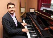 Klavierspieler Pianist Sänger Weihnachten Hochzeit