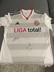 FC Bayern Trikot signiert von