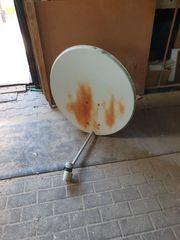 Satellitenschüssel mit Twin 2 fach