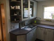 Einbauküche mit Ceranfeld Backofen Dunsthaube